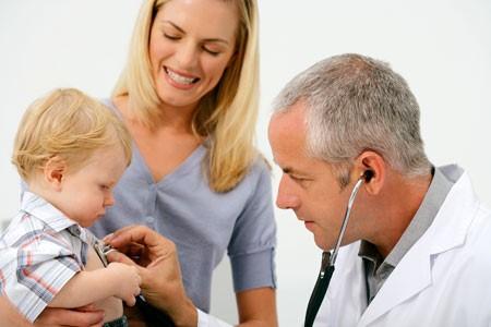 Когда стоит обратиться к врачу при кашле у ребенка?